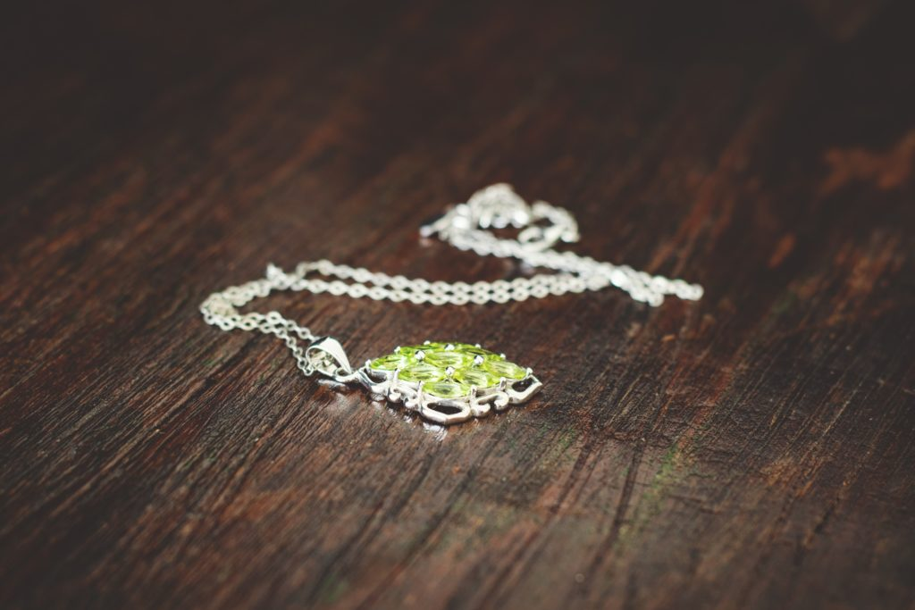women-s-green-necklace-227574